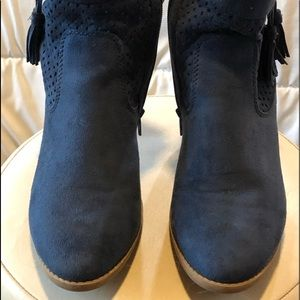 Blue Cobalt Ankle Boot 7/CityClassified